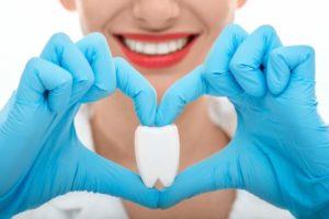 tooth heart hands